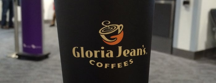 Gloria Jean's Coffees is one of Locais curtidos por Victor.