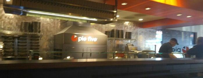 Pie Five Pizza is one of Locais curtidos por Jeff.