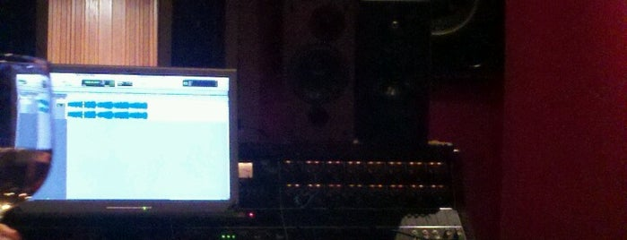Blackbird Studio is one of Nashville.