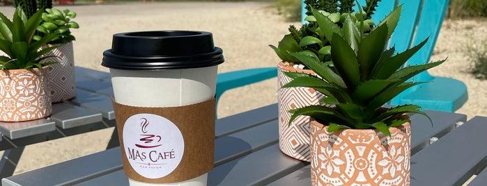 Mas Cafe is one of Lieux qui ont plu à Ron.