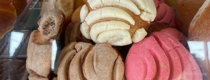 La Superior Bakery is one of Lieux qui ont plu à Ron.