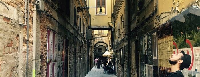 Sacro e Profano is one of Venice.