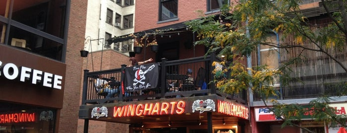 Wingharts Burger And Whiskey Bar is one of Lugares favoritos de Tony.