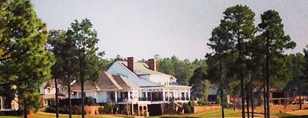 Mid South Country Club is one of Victorさんのお気に入りスポット.