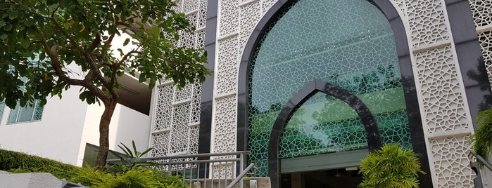 Muhajirin Mosque is one of Top 10 favorites places in Singapore.