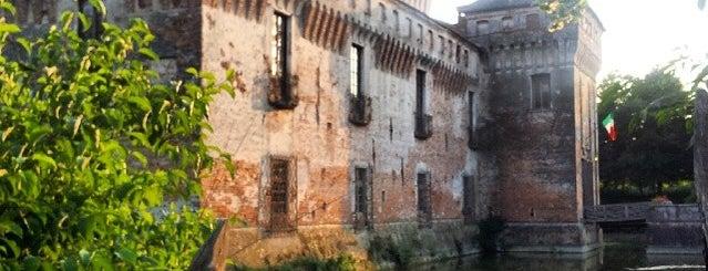 Castello Di Padernello is one of Tempat yang Disukai Miriam.