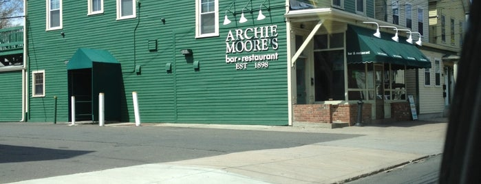 Archie Moore's is one of Locais curtidos por Tim.