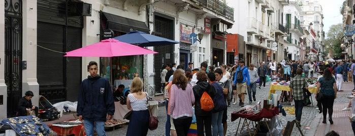 Feria de San Pedro Telmo is one of Locais curtidos por Fábio.