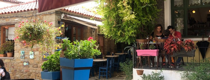 Arassia Cafe is one of Gökçeada.