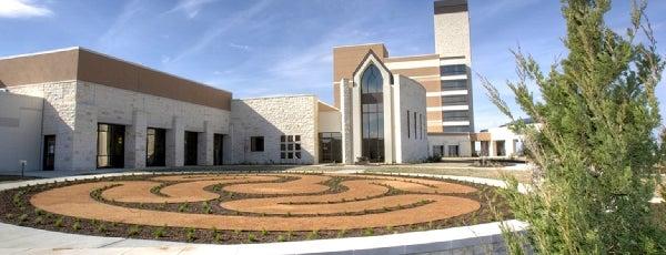 Seton Medical Center Williamson is one of Elizabeth : понравившиеся места.