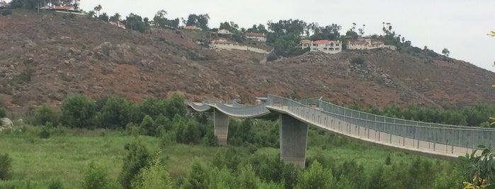 The David Kreitzer Lake Hodges Bike/Ped Bridge is one of Lieux qui ont plu à Kim.