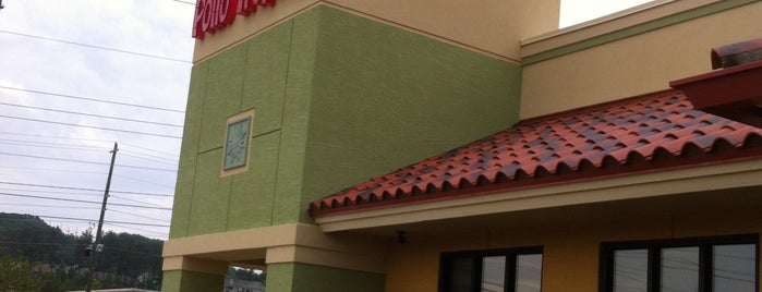 Pollo Tropical is one of Locais curtidos por Donna.