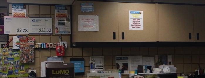 The UPS Store is one of สถานที่ที่ Dana ถูกใจ.