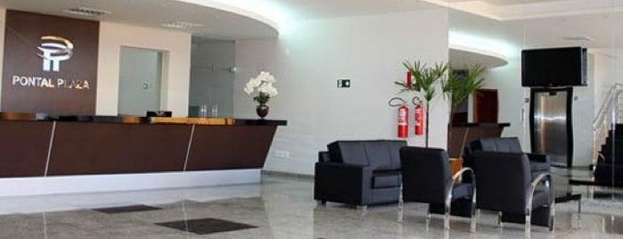 Pontal Plaza Hotel is one of Trabalho.