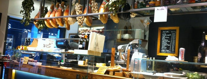 Moscatelli is one of MILANO EAT & SHOP.