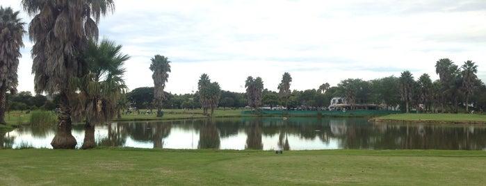 Silver Lakes Golf Estate is one of สถานที่ที่ David ถูกใจ.