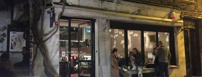 Urbanitas Cafe & Bookstore is one of Ceren 님이 저장한 장소.