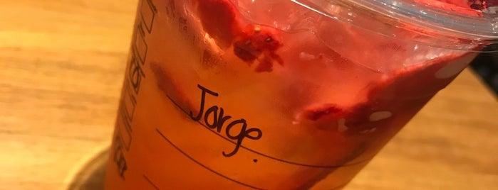 Starbucks is one of Tempat yang Disukai Joaquin.