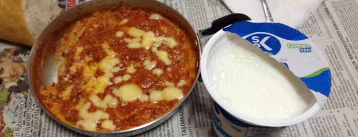 menemenci Celal Usta (Meshur) is one of Kahvaltı.