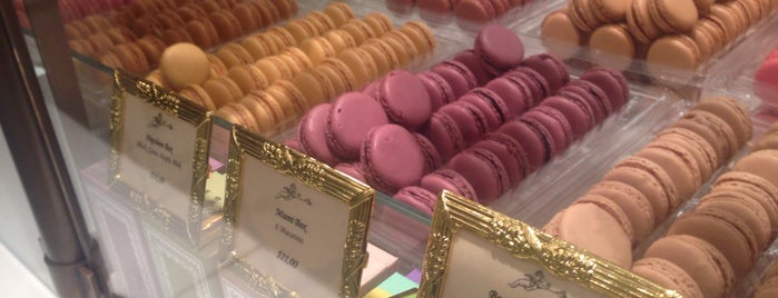 Ladurée is one of Posti salvati di Mafer.