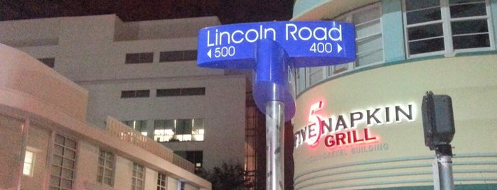 Lincoln Road Mall is one of Art Basel events on Lincoln Road.