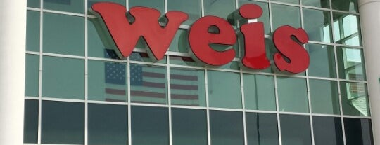 Weis Markets is one of Orte, die Jason gefallen.