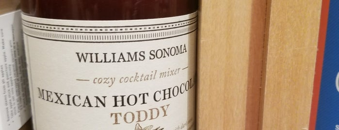 Williams-Sonoma is one of Lugares favoritos de Chrissy.