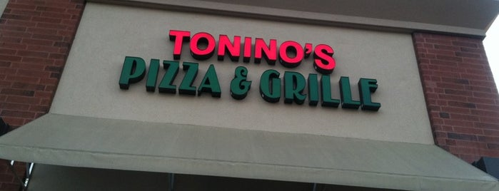 Tonino's Pizza Grille is one of Jason 님이 좋아한 장소.