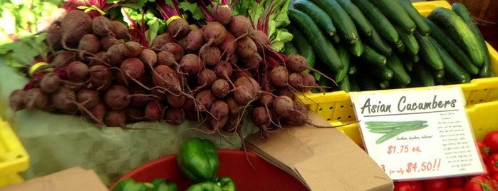 Corvallis Farmers' Market is one of สถานที่ที่ J ถูกใจ.
