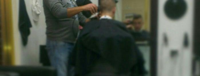 Top Hair Cut is one of สถานที่ที่ Nate ถูกใจ.