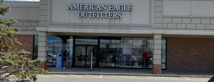 American Eagle Store is one of Ashley'in Beğendiği Mekanlar.