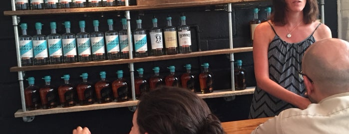 Denning's Point Distillery is one of Posti che sono piaciuti a Jeremy.