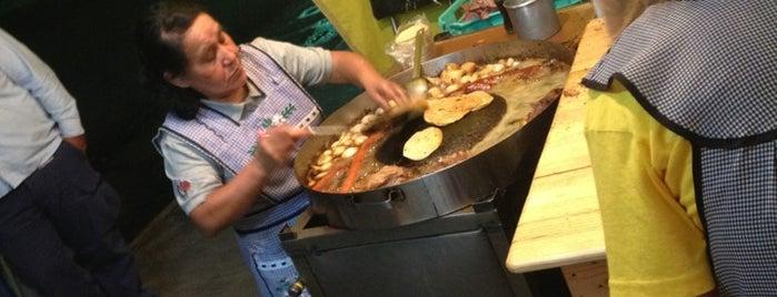Tacos Lázaro is one of Posti salvati di Adrian.