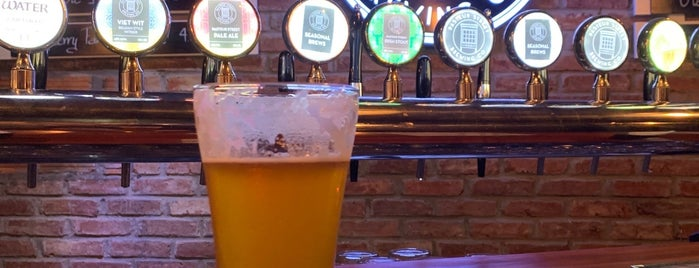 Pasteur Street Brewing Company is one of Cerveja hanoi.