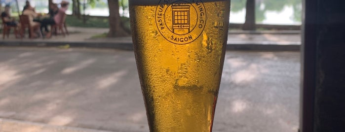 Standing Bar is one of Hanoi.