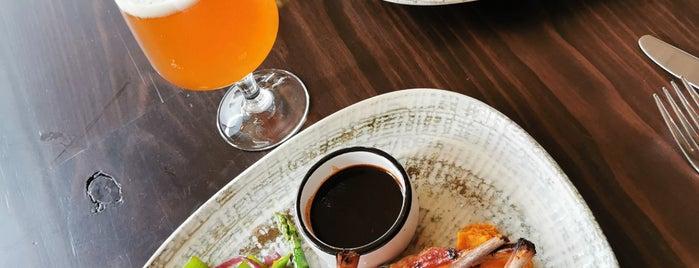 Velvet Global Steakhouse is one of Tempat yang Disukai Jhalyv.