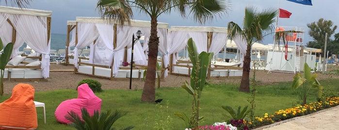 Turist Beach is one of Antalya Etiket Bonus Mekanları 🌴🍁🍃.