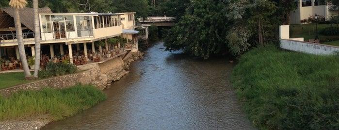 Rio Cuale is one of Lieux qui ont plu à Pablo.