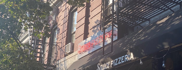 Sauce Pizzeria is one of Lieux qui ont plu à st.