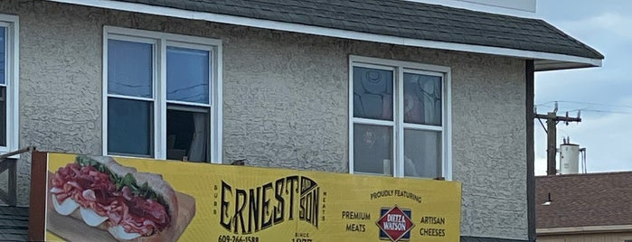 Ernest & Son Meat Market is one of Diners, Drive-Ins & Dives 3.