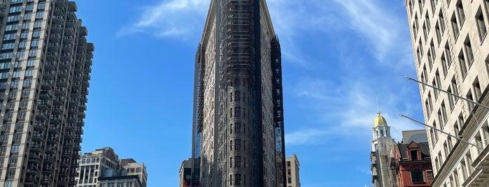 フラットアイアンビルディング is one of New York I Love You.