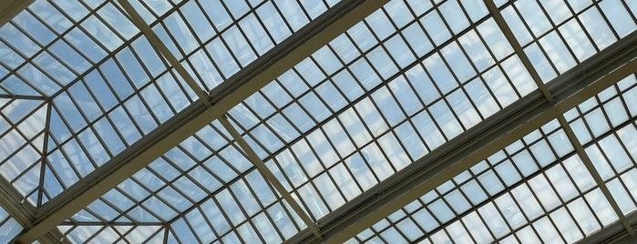 The Frank Lloyd Wright Room is one of Frank Lloyd Wright.