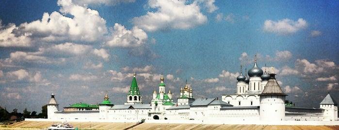 Свято-Троицкий Макарьевский Желтоводский женский монастырь is one of Нижний Новгород.