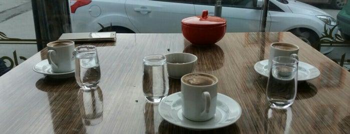 Hanzade Pastane & Cafe is one of Altıeylül-Karesi.