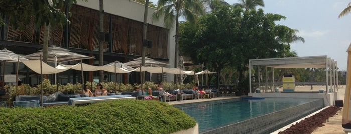 Tanjong Beach Club is one of SG eats.