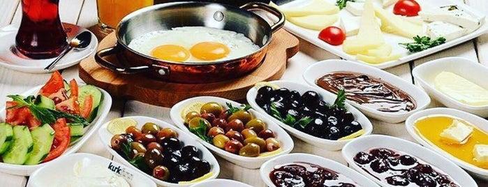 Limon Cafe is one of Gezilesi Mekanlar.