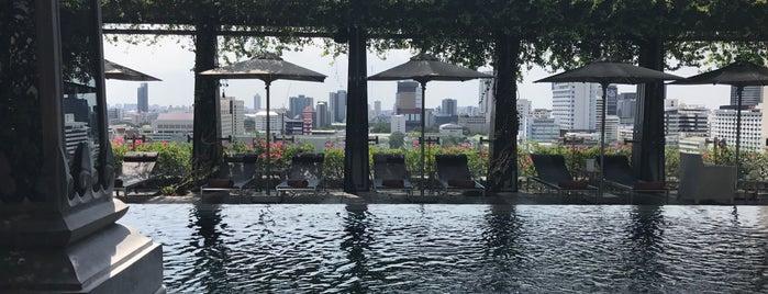The St. Regis Bangkok is one of Orte, die Dasha gefallen.