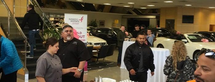 Mercedes-Benz of Edison - A Ray Catena Dealership is one of Locais salvos de Nikki.