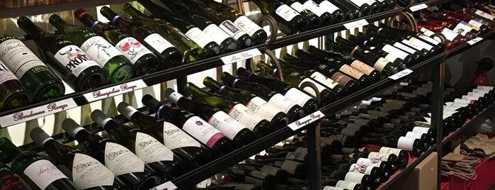 Locais salvos de Paris by wine