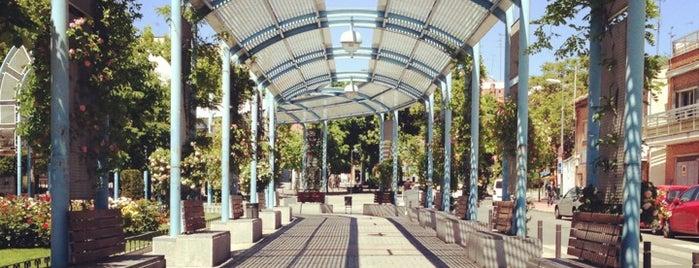 Plaza del Pradillo is one of Lugares favoritos de 3A INGENIERÍA EFICIENTE.